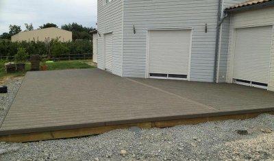 Pose de lames de terrasse bois et composite sur plot réglable à Bressuire
